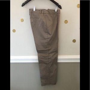 Worthington modern fit slacks - size 6